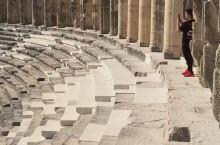 3千多年历史的阿斯潘多斯古剧场,气势恢宏,是迄今为止世界上保存最为完整的古罗马剧场遗址之一安塔利亚
