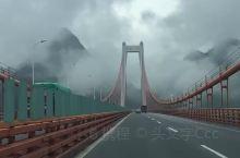 贵州坝陵河大桥