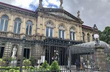哥斯达黎加国家剧院,里面装饰唯美艺术。