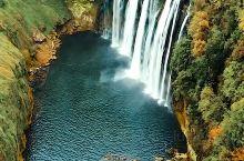 这里是黄果树瀑布,拍摄于没涨水之前,太美了!