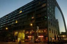 欧洲最大的室内街市鹿特丹Markthal