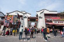 武汉较有代表性的户部巷,经常人山人海