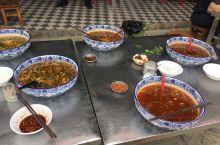 米线-正宗的要用大大大碗吃-感受不同