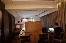 酒店服务一流环境优美,急客户所急,下次还会再来