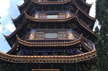 美丽的三和寺,繁华中藏着清静!寺内绿树环绕,宝塔带着深久的历史意义!