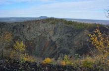 老黑山是五大连池风景区内十四座火山中最重要的一座。