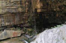 河南焦作云台山风景区是我国五A景区,很漂亮。