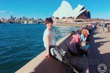 悉尼 悉尼歌剧院 悉尼海港大桥   悉尼歌剧院(Sydney Opera House ,SOH)位于