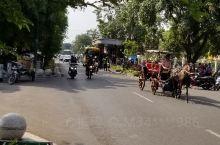 日惹 这座 印尼的 小城的色彩 东南亚风