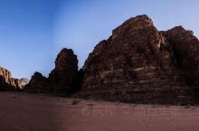 瓦地伦沙漠景观