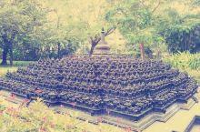 这里是雅加达婆罗浮屠酒店,为纪念印尼最为著名的佛教遗迹——婆罗浮屠。 大约建于公元750年至850年