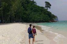 甲米跳岛游之二_竹岛的白沙滩