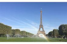 埃菲尔铁塔不是巴黎的唯一,但一定最美
