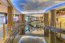 南京新晋网红商场,摇橹赏秦淮河风景超震撼🔥  ‼️最近南京人民好幸福,新开了超多商场,我最喜欢的还要