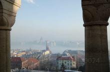 #玩转户外 布达佩斯的渔人堡眺望城市,烟雾中的城市景色不错。
