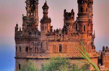 科罗马雷斯城堡