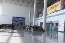 这个是辽宁省营口的兰旗机场、这里环境优美、卫生干净、是个非常不错的地方