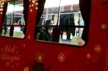 偶遇圣诞有轨电车3