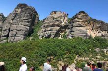 梅黛奥拉:天空上的修道院
