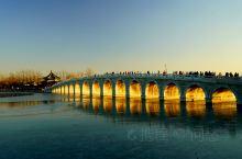 颐和园,中国清朝时期皇家园林,前身为清漪园,坐落在北京西郊,距城区15公里,占地约290公顷(2.9