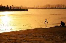 阜宁金沙湖将分为淡水浴场区、核心度假区、古镇寺庙区、湿地涵养区、生态观光区、文化休闲区6大功能片区,