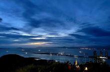 夜幕下的海