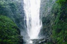 天山天池,世界自然遗产,国家AAAAA级旅游景区,国家地质公园,国家重点风景名胜区,全国文明风景旅游