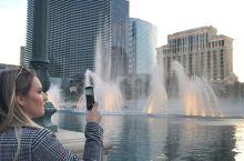 拉斯維加斯Bellagio百麗宮花10億美金打造的噴泉 是去拉斯维加斯Las Vegas 必看項目。
