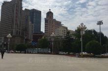 沈阳中山广场附近有很多酒店就包括沈阳城市假日酒店