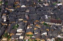磨西古镇 坐落在贡嘎雪山下的安静小镇
