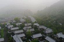 晨雾中的拈花湾