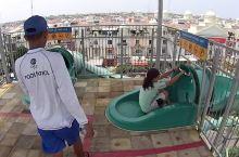 雅加达水上乐园可怕的急速水滑梯 水上乐园