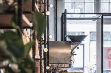 在阿姆斯特丹最爱的精品咖啡品牌就是这家Bocca,中度烘焙豆子的意浓,不会酸劲太重,也不会如意大利深