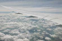 窗外的云朵