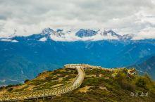 这是谁音译的藏语,太有才了——玛娜茶金,诗意而美好的名字,木里腹地的一个高峰,沿途修路的工人说,海拔