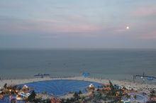 很棒的酒店,路上海车程仅两个半小时;阳台海景很惊艳;无边泳池真是太舒服了,感觉几天都是在游泳;附近各