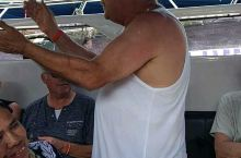 跳岛游归途中快乐的阿根廷老头