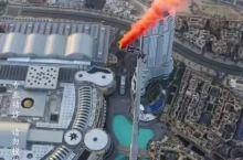 打卡迪拜塔上跳伞