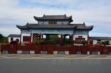 五大连池的世界名泉门楼。