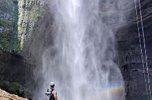 成都周边游,闯进爱丽丝仙境的瀑布溶洞