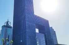 这个建筑挺有特点