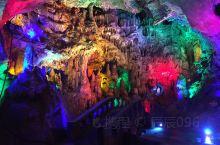 亿年山洞探秘 钟乳石千姿百态 本溪怪石洞