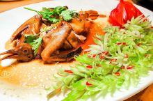 广州探店|用无花果熬好的汤,煮滚后加入鸽