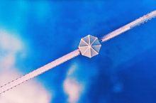 韩国风光,俯瞰一湖蔚蓝,桥如戒指亭如鉆