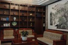 体验不错的一家店,房间空间够大,干净整洁,住的非常放心。前台和大堂都是新中式的装修风格,低调还略显高