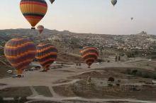 乘坐热气球的热门地——卡帕多其亚·土耳其