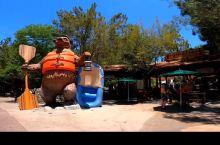 迪士尼冒险乐园灰熊激流泛舟第一视角