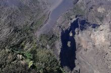 伊拉苏火山口