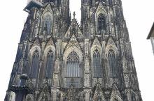 来感受科隆大教堂的威严