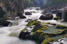 神秘茂兰:探访原始溶洞,打卡绿色湖水